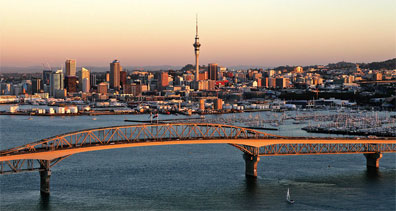 » Discover New Zealand: die Skyline von Auckland «