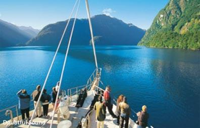 »Doubtful Sound Tagestour ab/bis Manapouri oder Te Anau«