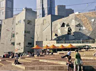 »Naturwunder Australiens: Federation Square, Melbourne«