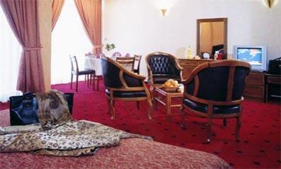 »Ihr Hotel in Teheran: Enghelab Hotel ★★★&#«