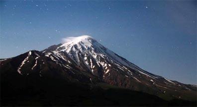 »Trekkingreise Iranische Vielfalt: Damavand bei Nacht«