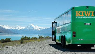 »Planen Sie Ihre flexible Busreise durch Neuseeland«