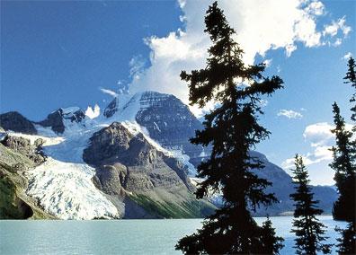 »Naturereignis Rocky Mountains: Mount Robson«