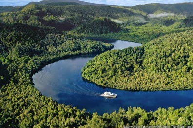 »Naturwunder Tasmanien: Bootsfahrt auf dem Gordon River«