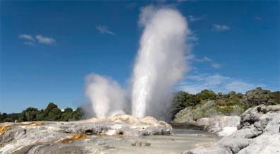 »Neuseeland Geysir - Neuseeland Mietwagenrundreise«