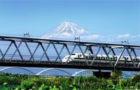 »Per Zug durch Japan - bequemes Sightseeing«