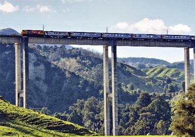 »Spektakuläre Zugreisen in Neuseeland: Northern Explorer«