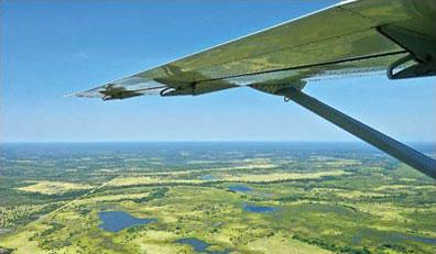 »Flug über das Okavango Delta - faszinierende Natur«