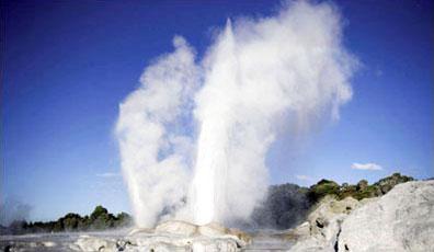 »Geysire bei Rotorua - Heiße Quellen & Maori Neuseeland«