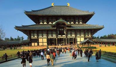 »Rundreisen Japan: Todai-ji, der buddhistische Todaiji-Tempel«