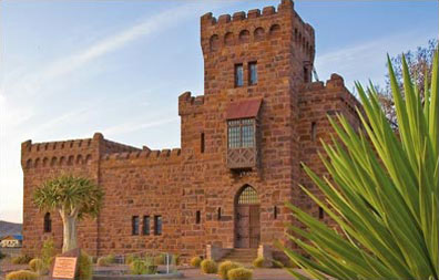 »Schloss Duwisib - Namibia Entdeckungstour per Mietwagen«
