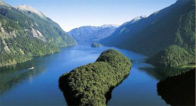 »Doubtful Sound - Mietwagenreisen Neuseeland zum Verweilen«
