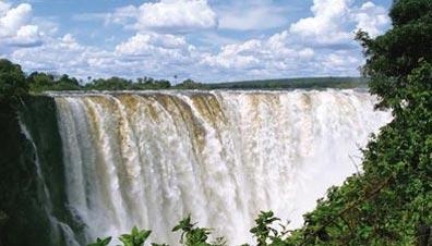 »Blick auf die überwältigenden Victoria-Wasserfälle«