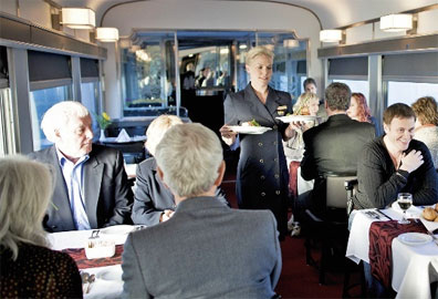 »Bordrestaurant The Canadian - Kanada Zugreisen«