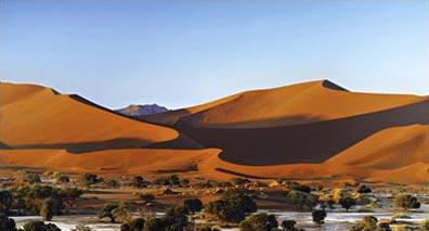 »Sossusvlei Dünen - Kapstadt, Namibia und Victoria Fälle«