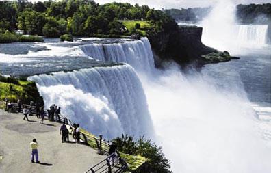 »Die Wiege Nordamerikas: Reise zu den Niagara Fällen«