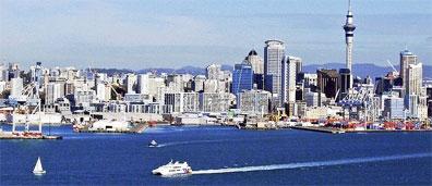 »Allradabenteuer Neuseeland: Die Skyline von Auckland«
