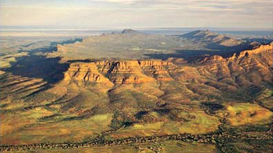 » Wilpena Pound / Flinders Ranges - Mietwagenreise Outback «