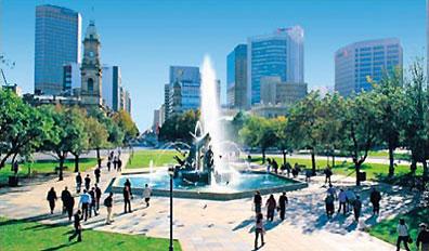 »Adelaide, Victoria Square - die gemütliche Großstadt«